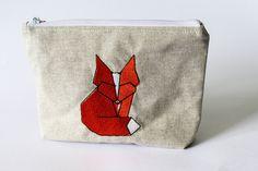 kleine Tasche / Kosmetiktasche/ Fuchsstickerei / von bwilluweit auf Etsy