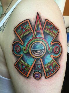 Ollin tatuajes prehispánicos movimiento Aztlan tatuaje hecho por osvaldo castillo México D.F.