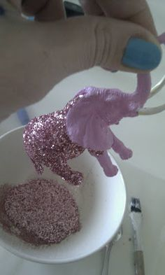 #DIY Glitter plastic animal. I think Koraline will love this.