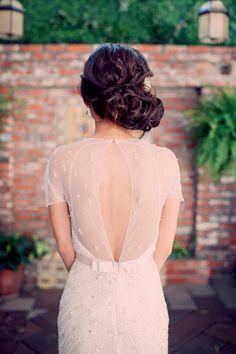 elegant wedding dress back - photo by Joyeuse Photography http://ruffledblog.com/italian-villa-dinner-party-inspired-wedding