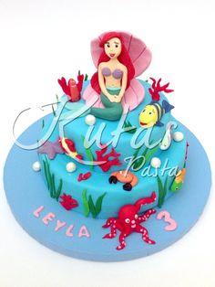 Deniz Kızı Ariel Pasta Disney prensesi temalı bu tasarım ile harika bir parti yaratın :)