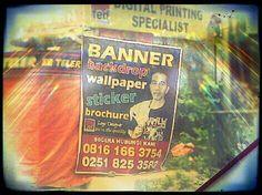 D banner man