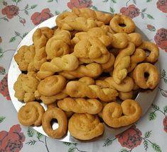 Greek Pastries, Greek Sweets, Greek Recipes, Food And Drink, Easter, Bread, Cookies, Breakfast, Desserts