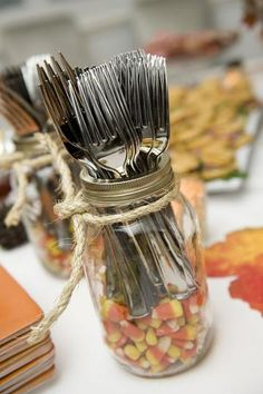 20 DIY Thanksgiving crafts to decorate your table - candy corn filled silverware jars