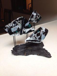 """""""The Three Fishes"""" Fused Glass Art, My Glass, Jewelry, Jewlery, Jewerly, Schmuck, Jewels, Jewelery, Fine Jewelry"""