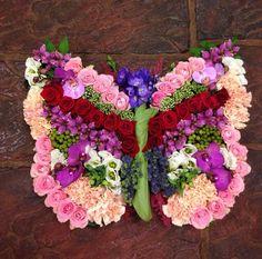 Rouwbloemstuk vlinder
