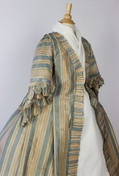 Met Museum Deaccession 18th Century French Robe Polychrome Striped Silk Taffeta | eBay