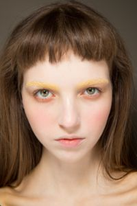 Gucci yellow brows Spring 2017 RTW