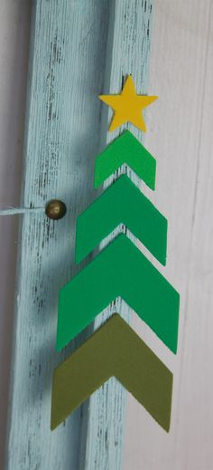 DIY Christmas Card Display Ideas for Home Crafts, Other and Supplies