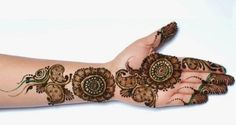 In this article you will find best eid mehndi designs 2018 for hand that are all in new style along with mehndi video tutorial and latest eid mehndi pictures. Mehndi Design 2015, Latest Bridal Mehndi Designs, Full Hand Mehndi Designs, Eid Mehndi Designs, Stylish Mehndi Designs, Mehndi Designs For Beginners, Wedding Mehndi Designs, Mehndi Design Images, Beautiful Mehndi Design
