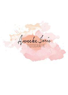 Logo Anneke Joris Fotografie  Voor Anneke van Anneke Joris Fotografie mocht ik een logo maken. Anneke is steeds fanatieker aan het fotograferen en eerlijk is eerlijk; wat maakt ze mooie foto's. Bij haar mooie werk, hoort natuurlijk een logo. Nemen jullie een kijkje op haar FB-pagina?