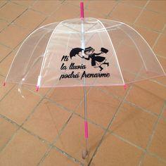 Ni la lluvia podrá frenarme, con mango y contera de color rosa