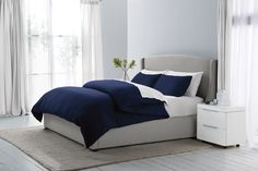 Can't go wrong with this deep #navy duvet cover from #SleepNumber!