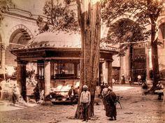 Beyazıt Camii Avlusu, Abdullah Fréres fotoğrafı 19. yüzyıl sonları