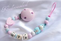 Pacifier Holder, Baby Crafts, Crochet Baby, Projects To Try, Creations, Beaded Bracelets, Baby Shower, Etsy, Chain