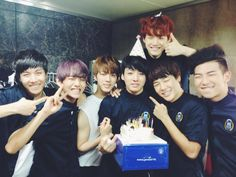 BTS Official Tweet - BTS celebrated Jungkook's bday (selca) 130917