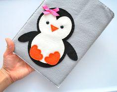 Penguin Ipad Cover  iPad Pouch  Handmade felt iPad by Mariapalito