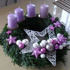 Christmas Advent Wreath, Christmas Cards To Make, Christmas Makes, Holiday Wreaths, Christmas Art, Christmas Candle Holders, Christmas Candles, Rustic Christmas, Christmas Arrangements