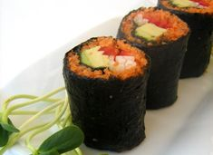 One Green Planet | Raw Carrot Sushi: A nontraditional #Easter treat--that's #vegan to boot! #VeganHolidayRecipes