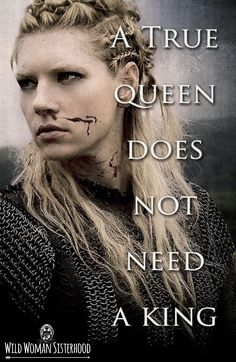 Lagertha is the leader & will still act like a leader of her people in England. Wee Blossom was more feminine, but Lagertha is a true queen like her. Ragnar Lothbrok, Lagertha Vikings, Lagertha Hair, Vikings Tv Series, Vikings Tv Show, Katheryn Winnick, Citations Viking, Viking Quotes, Bracelet Viking