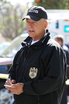 """""""Alleged"""" S11 E21  After a Navy officer is found dead on a rural road, the NCIS team must ascertain if the murder was the result of a bar fight or because he knew too much about an attack on a fellow female officer, on NCIS, Tuesday, April 15 (8:00-9:00 PM, ET/PT) on the CBS Television Network. Pictured: Mark Harmon Photo: Sonja Flemming/CBS ©2014 CBS Broadcasting, Inc. All Rights Reserved"""