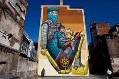 Pixel Pancho é um artista italiano especialista em grandes murais. É considerado um dos principais nomes dessa vertente da street art atual.