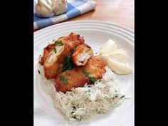 Rántott csirke fokhagymás tejfölös bundában - GastroHobbi Chicken Recipes, Turkey, Make It Yourself, Meat, Food, Yum Yum, Drink, Youtube, Beverage