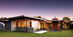 atomic ranch house plans | Atomic Ranch Midcentury Interiors: Modern living with Mad looks ...