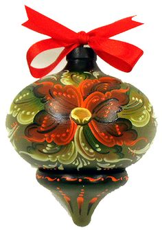 Her painting is not my favorite style of Rosemaling but I have a hundred of these ornaments and it would be a good place to start.