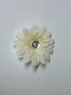 White Daisy Flower Clip by HeavenlyYou on Etsy, $1.50