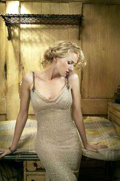"""Naomi Watts as vaudeville actress Ann Darrow from """"King Kong"""" (2006). Description from pinterest.com. I searched for this on bing.com/images"""