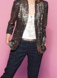 gold sequin blazer with plaid pants #nye #outfit #party #holiday