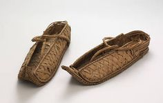 Photo of Pair of overshoes, 1550 – 1070 BC, Egypt. Museum no. 865 & From Major Myers collection. © Victoria and Albert Museum, London Egypt Museum, Schuster, Ancient Egyptian Art, Ancient History, The V&a, Victoria And Albert Museum, Fashion History, Women's Fashion, Womens Slippers