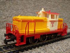JOUEF locotracteur V60 en version Mak 3 via ANTIQUE MARCBEA. Click on the image to see more!