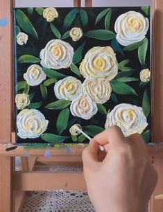 Simple Canvas Paintings, Easy Canvas Art, Small Canvas Art, Art Floral, Art Diy, Flower Art, Flower Canvas Art, Art Flowers, Oil Painting Easy