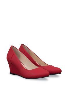 Alena (Scarlet Leather)