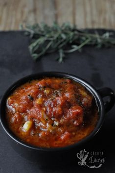 sos marinara cu rosii si usturoi Romanian Food, Cake Boss, Weeknight Meals, Easy Peasy, Stay Fit, Chili, Dinner Recipes, Curry, Pasta