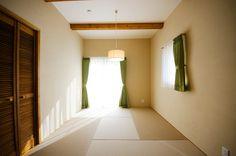 広くて開放的なLDKとシックでモダンテイストな平屋建てのお家|ヤマジホーム|徳島で建てるオシャレな注文住宅ならヤマジホーム