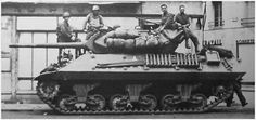The first US M10 tank destroyer (Wolverine in British service) off the production line: making its combat debut in November 1942 when the allies invaded North Africa, its 3in / 76 mm gun made it capable of taking on the best German armour. By 1945 it was over faced, but remained in service till the end of WW2. Military Art, Military History, M10 Wolverine, M10 Tank Destroyer, The Good German, Ww2 Tanks, Armored Vehicles, War Machine, North Africa