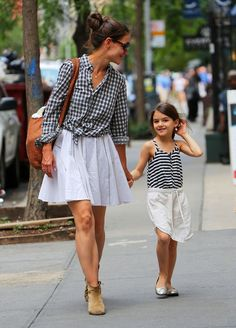 """How to do """"Mommy and Me"""" matching outfits without it being tacky"""