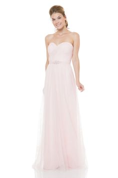 Yet another lovely dress from the Bari Jay bridesmaids collection! The english net and the sweetheart neckline give this dress such a romantic look! This dress comes with an english net belt to help accent the waistline.