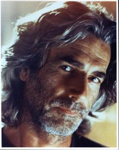 Sam Elliott - only a few men can make long gray scruffiness look this hot. And that voice, oh my. Classic Hollywood, Old Hollywood, Sam Elliott Pictures, Regard Intense, Katharine Ross, Actrices Hollywood, Hommes Sexy, Moustaches, Good Looking Men