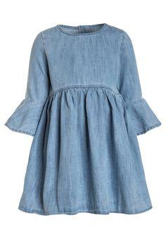0afecce2ab7 ¡Consigue este tipo de vestido vaquero de Gap ahora! Haz clic para ver los