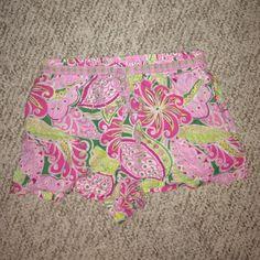 Preppy Vera Bradley PJ shorts Very cute preppy pink & green Vera Bradley PJ shorts. Elastic waistband, very light weight & comfortable. 100% cotton, size Small, run a bit on the small side Vera Bradley Intimates & Sleepwear Pajamas
