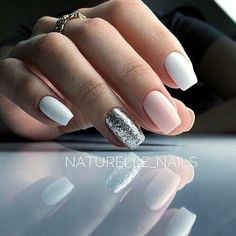 There are three kinds of fake nails which all come from the family of plastics. Acrylic nails are a liquid and powder mix. They are mixed in front of you and then they are brushed onto your nails and shaped. These nails are air dried. Nagellack Design, Nagellack Trends, Casual Nails, Trendy Nails, Nails 2018, Nagel Gel, Gorgeous Nails, Nails Inspiration, Beauty Nails