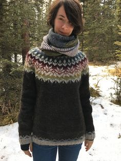Body and sleeves are worked in the round from lower edge to underarms, then joined to work yoke in the round. Knitting Patterns Free, Crochet Patterns, Fair Isle Knitting, Wool Sweaters, Knitting Projects, Ravelry, Fall Outfits, Knit Crochet, Winter Fashion