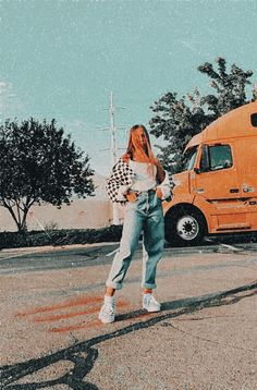 Comfortable Jean Outfits For Travelling Source by ashwakapoo Fashion outfits Teenage Outfits, Teen Fashion Outfits, Retro Outfits, Cute Casual Outfits, Outfits For Teens, Look Fashion, Fall Outfits, Vintage Outfits, Jean Outfits