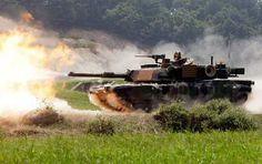 USMC M1A2 Abrams on the firing line.