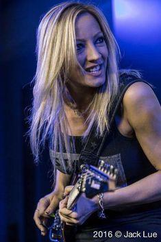 Best Guitarist, Female Guitarist, Nita Strauss, Bass, Women Of Rock, Guitar Girl, Riot Grrrl, Goth Women, Metal Girl