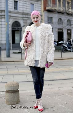 #mariannetheodorsen #milan #fashionweek #mfw #mbfw #women #delvaux #valentino #fashion #women #style #look #outfit #cool #chic #lace #dentelle #pink #pastel #streetfashion #streetstyle #street #women #mode #femme #moda by #sophiemhabille